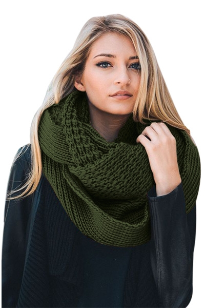 Green Cable Knit Chunky Scarf
